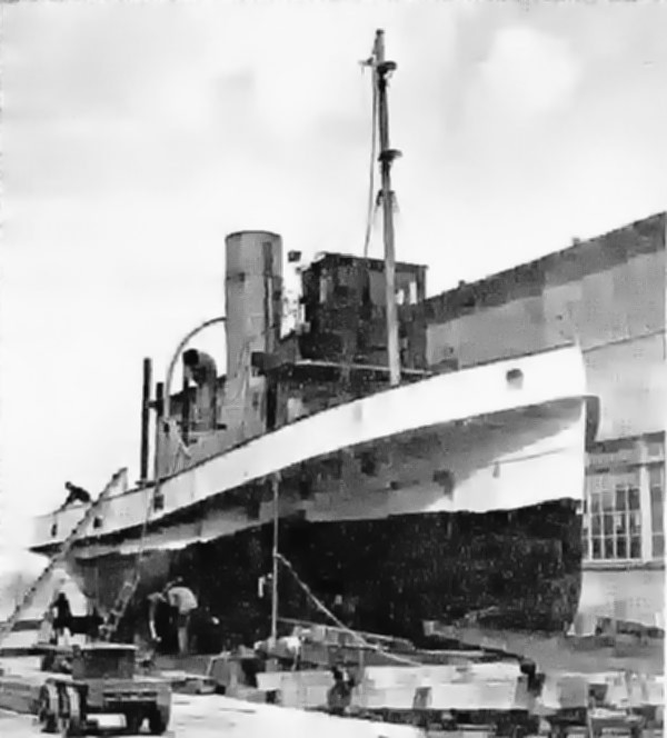 Codeco, fitting out, 24 November 1933